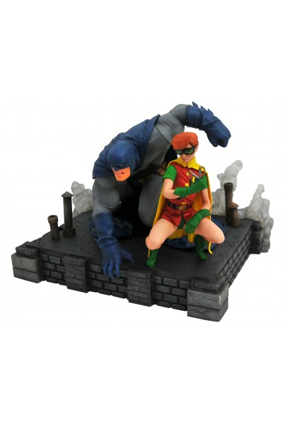 THE DARK KNIGHT RETURNS DC COMIC GALLERY ESTATUA PVC BATMAN & ROBIN 20 CM